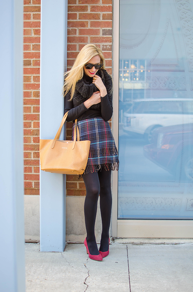 how to wear your opaque black tights