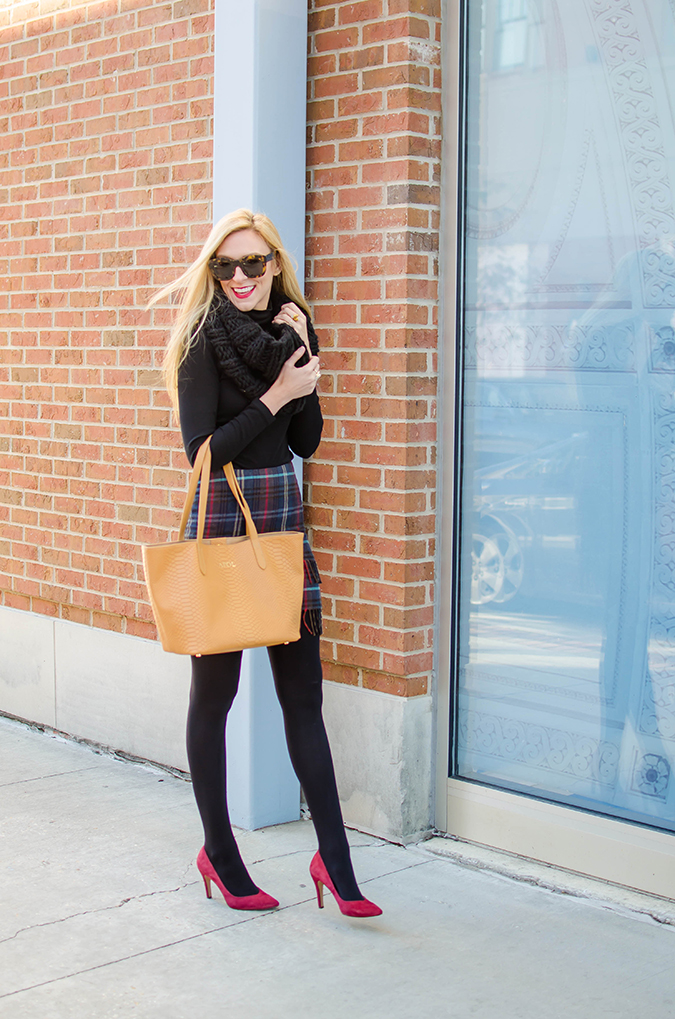how to wear your boring black turtleneck