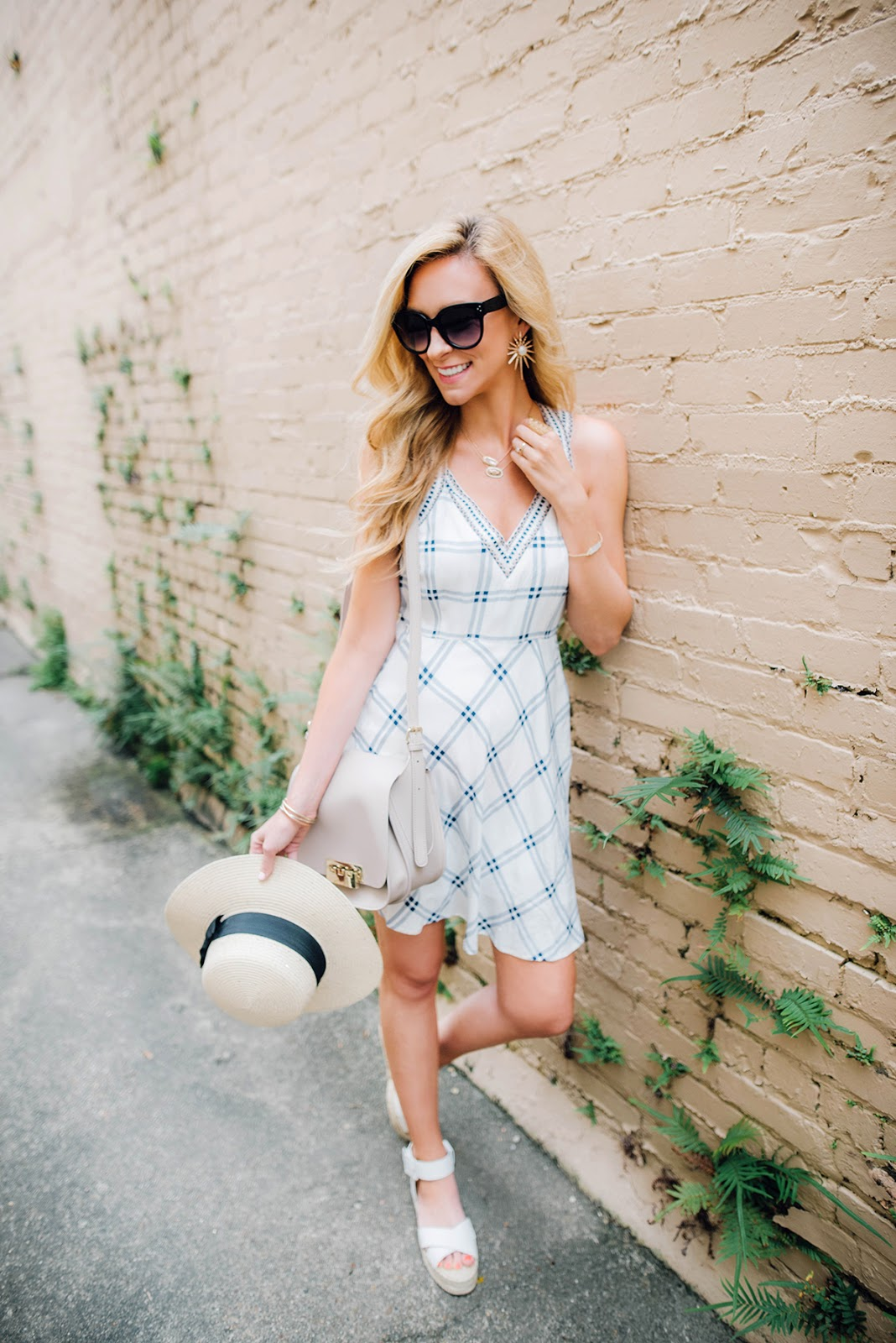 summer time vacation dress inspiration