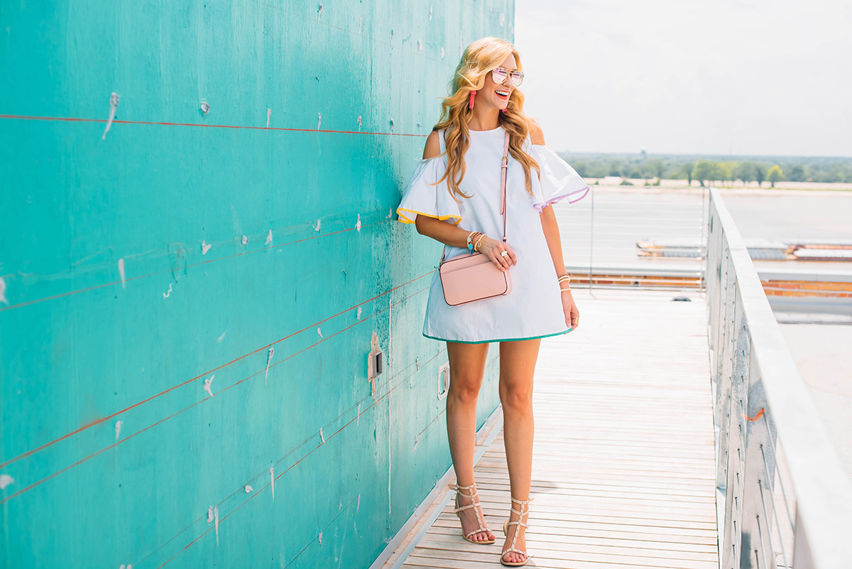 Summer\'s Perfect Party Dress - Happy Friday!