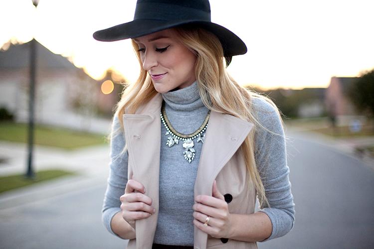 Loren Hope Carina necklace