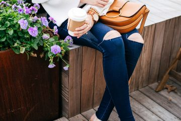 Blogger Q&A w/ A Pinch of Lovely | suede mules + ruffle sleeve sweater