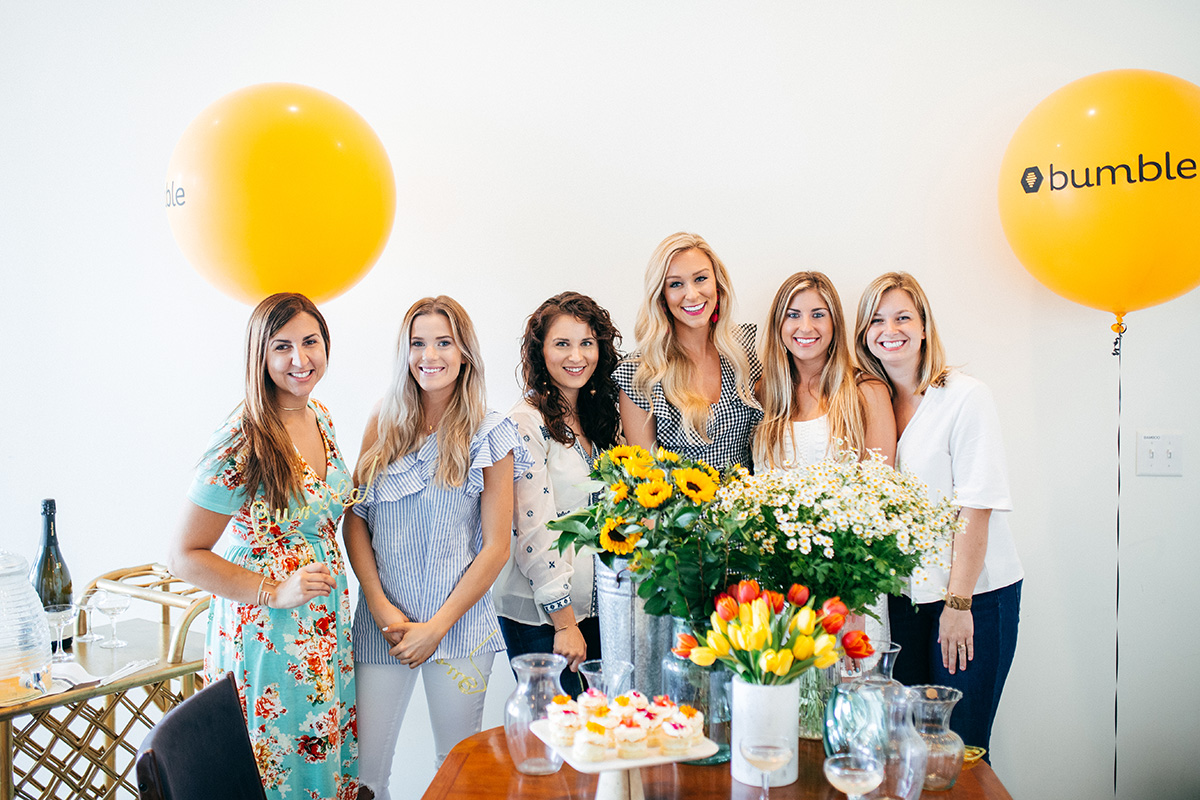 Floral Arranging Brunch | How To Plan A BumbleBFF Meet Up