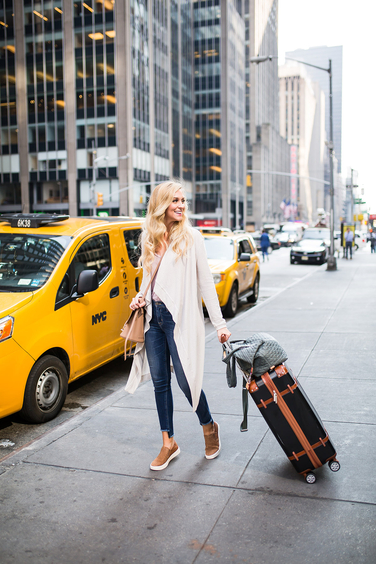 NYC Travel Trips to Avoid Stress Getting Around The City | Favorite Travel Shoe