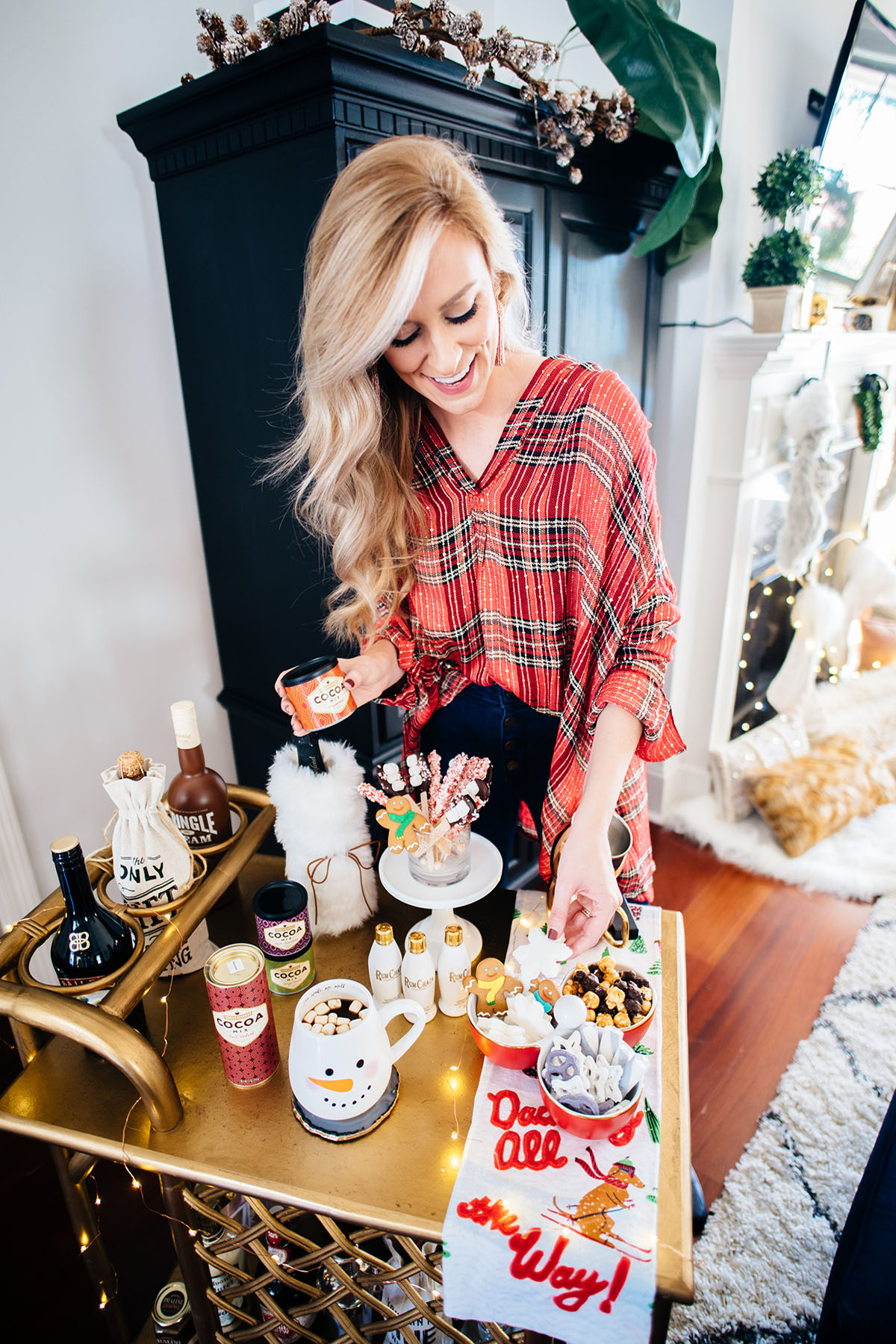 Spiked Hot Chocolate Bar | Holiday Bar Cart Ideas | Hot Chocolate Tips