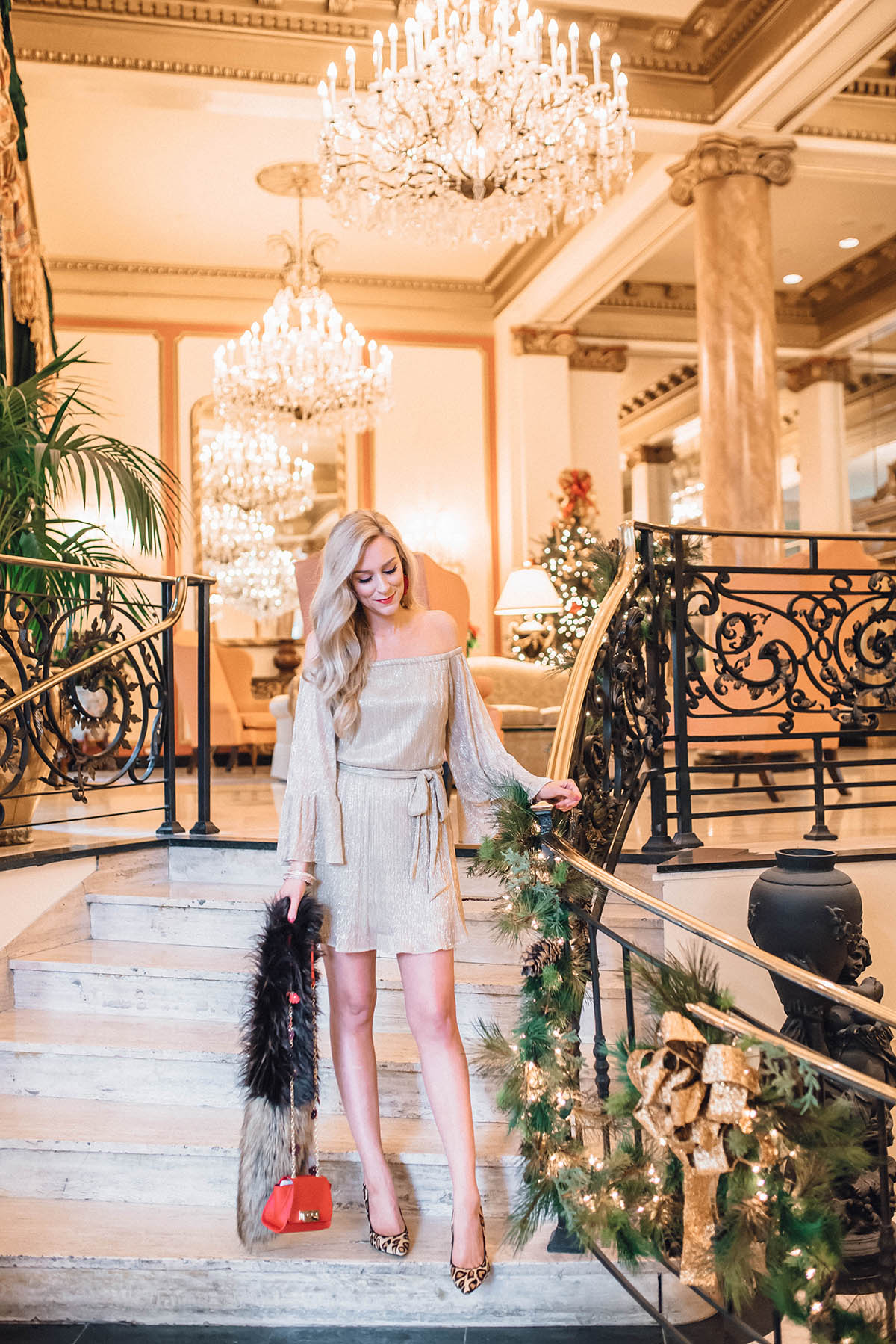 Le Pavillion Hotel | Where to Stay in New Orleans