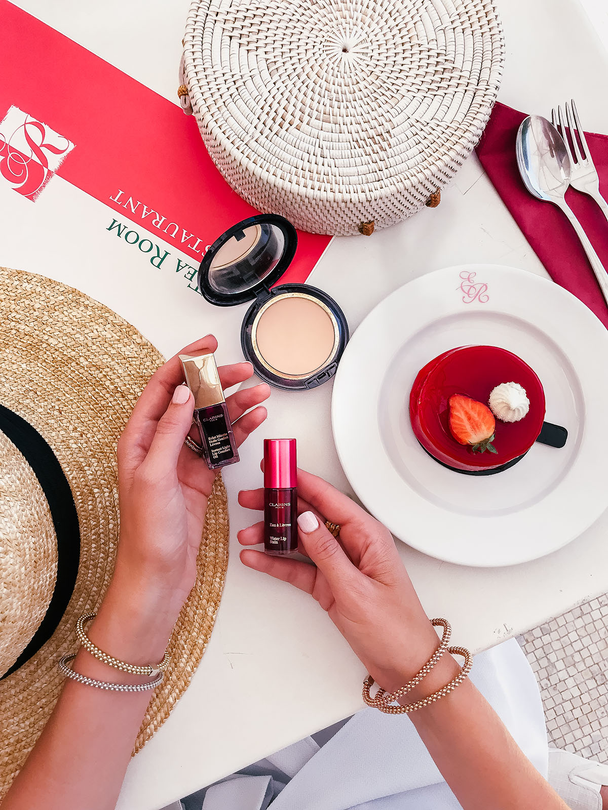 Long-Lasting Lip Products For the Perfect Pout | Clarins Lip Oil and Water Lip Stain