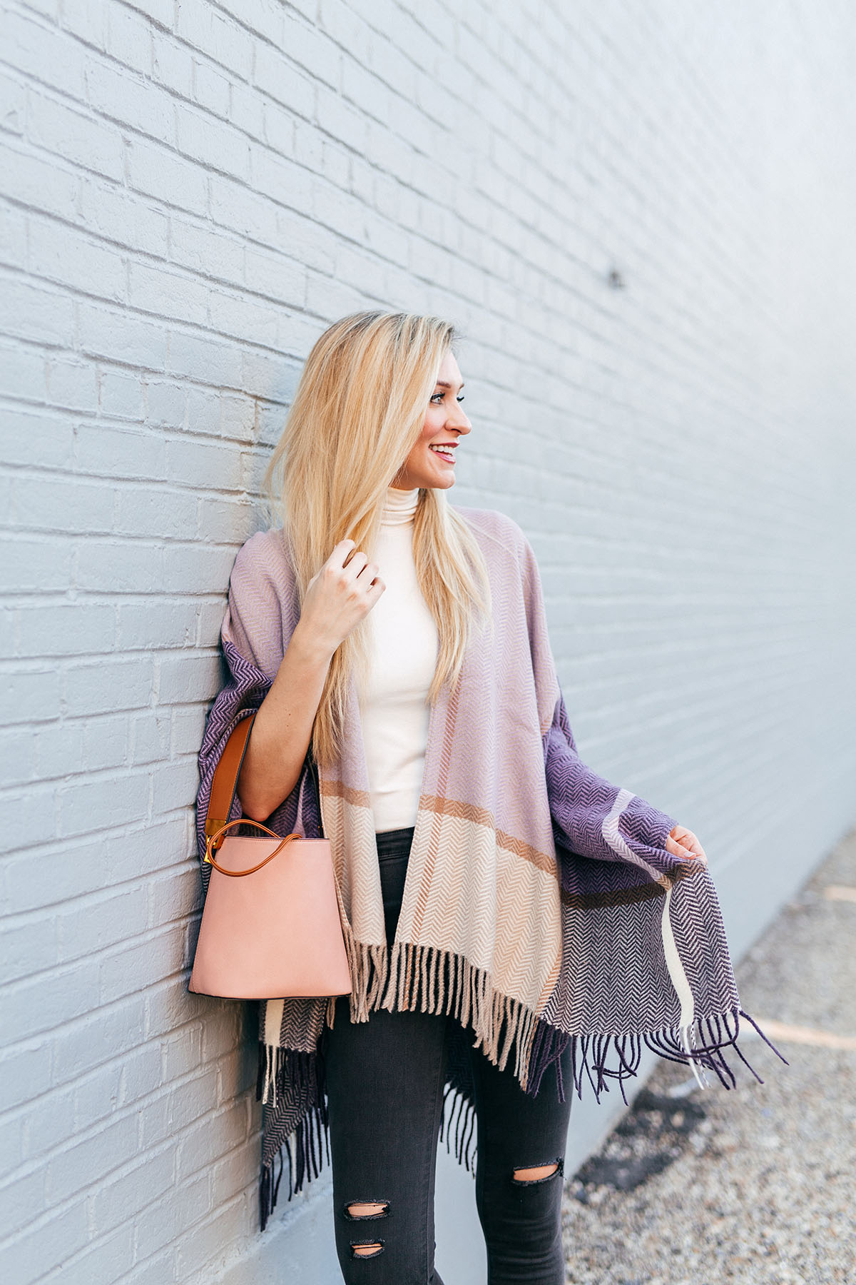 Fall Poncho Outfit Idea | Fall Date Night Outfit Ideas | Fall Poncho for Date Night | How to Dress Up a Poncho