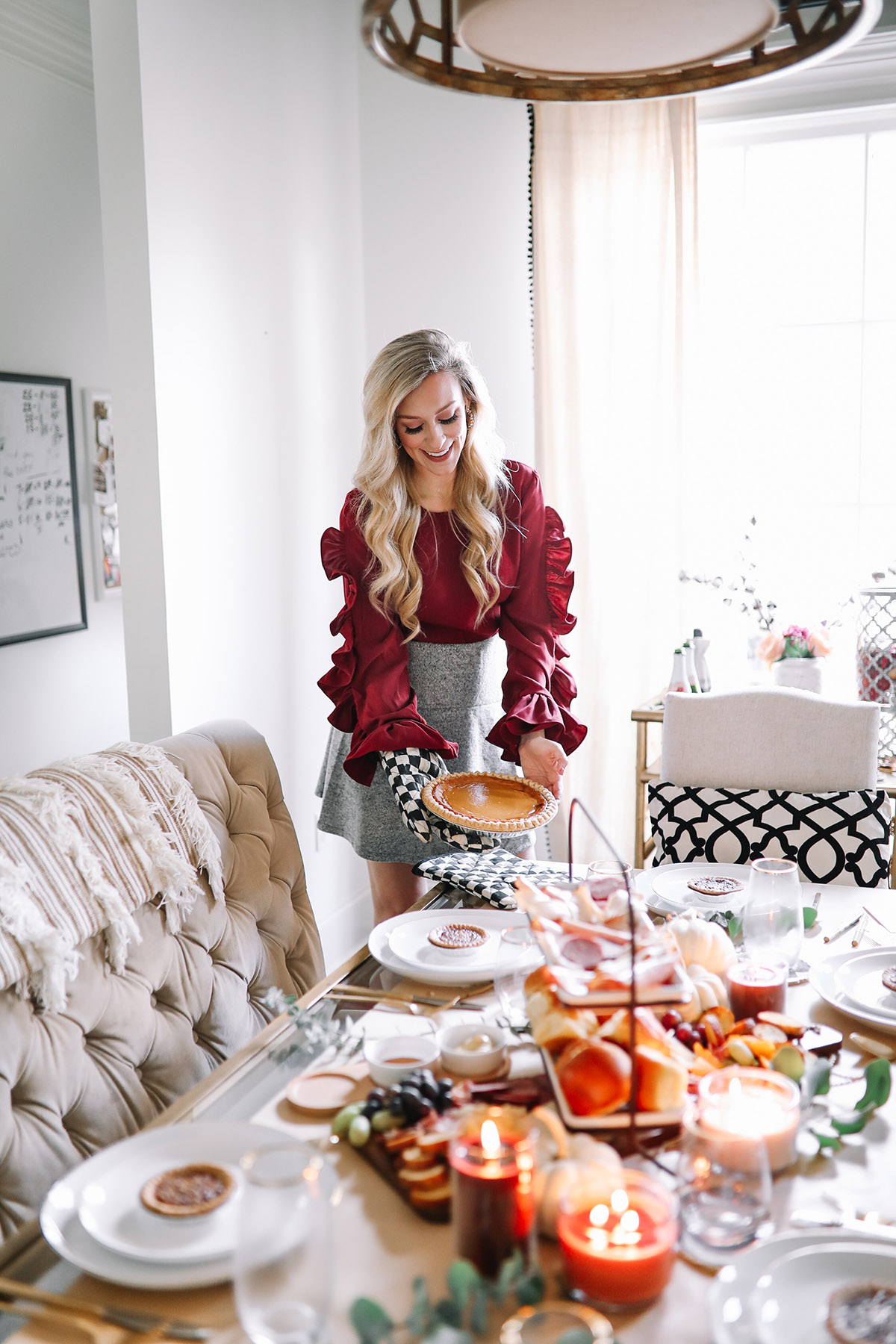 Last-Minute Holiday Hosting Tips + Finding Deals on Serving Pieces from Ebay