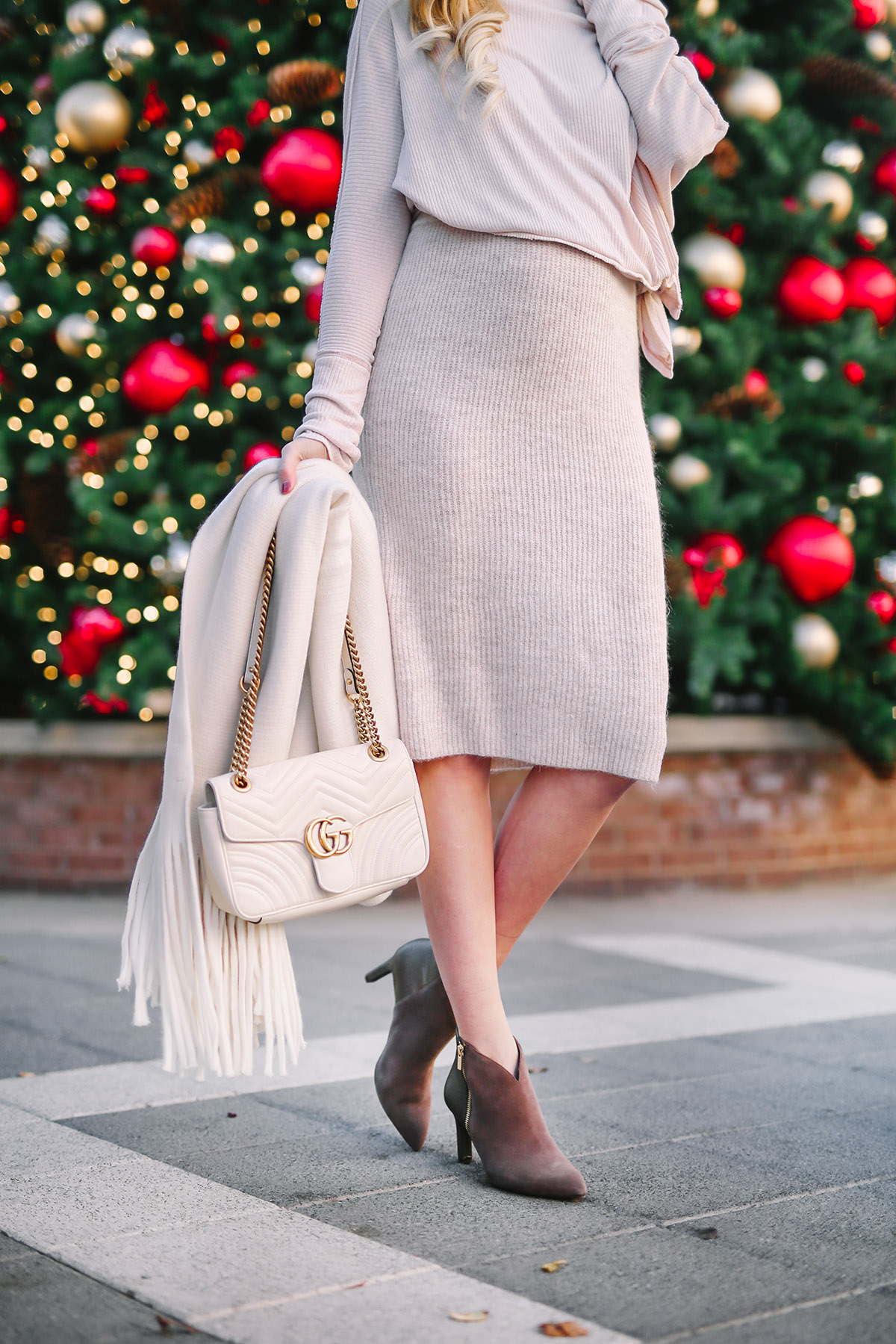 Dressy Boots for Your Holiday Outfits | Comfy and Chic Boots for Winter