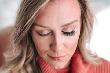 How to Apply and Remove False Eyelashes