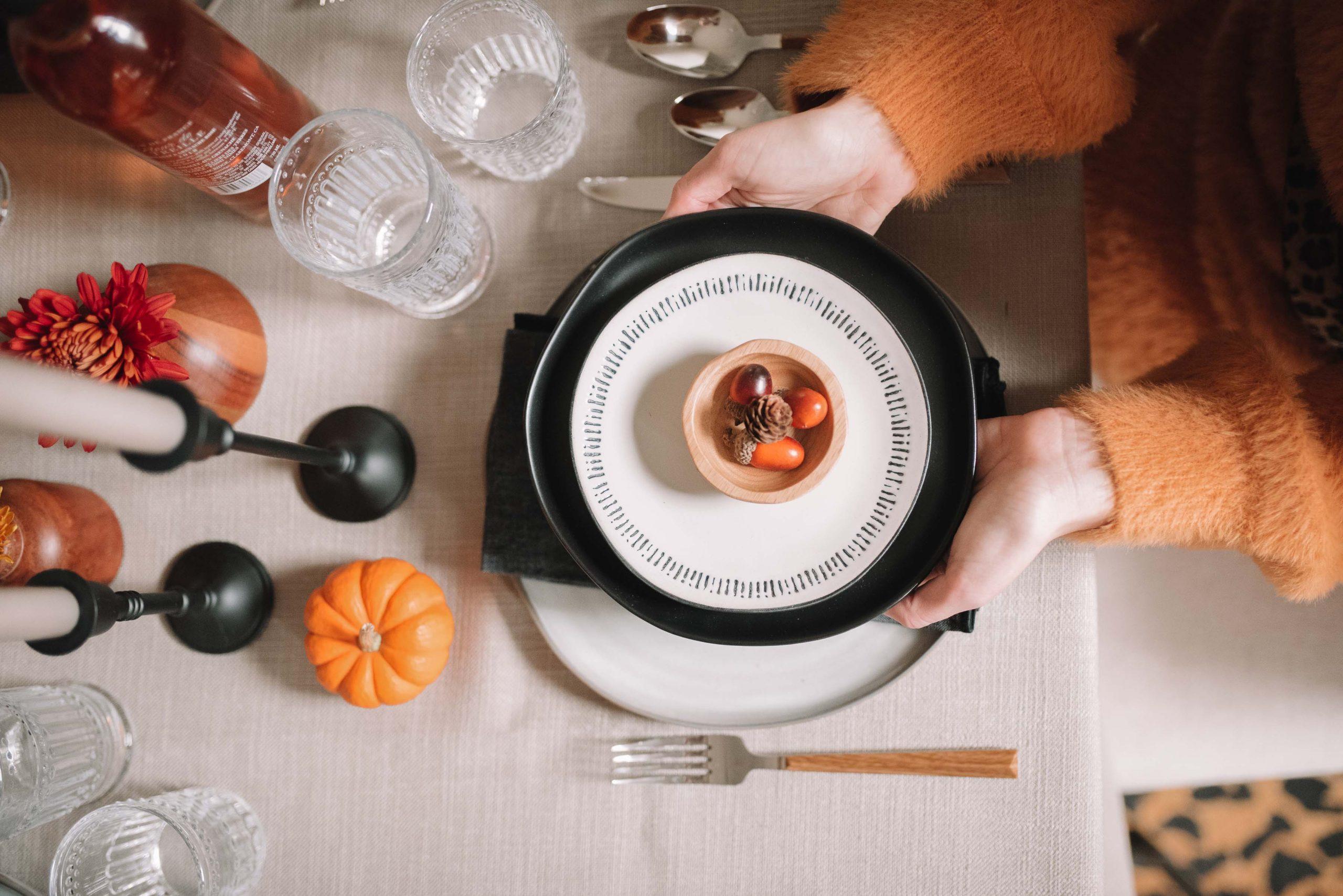 Friendsgiving Tablescape Ideas